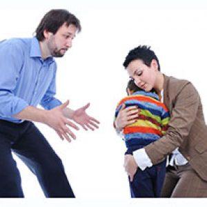 איך להודיע לבן או בת הזוג שמתגרשים?